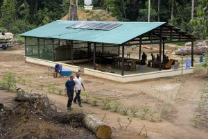 The mess building for dining and meeting. Solar panels on the roof supply green electricity.